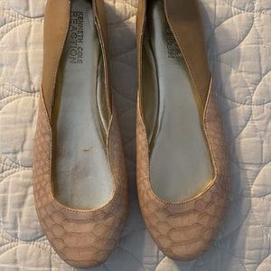 Kenneth Cole Reaction ballet flats 8